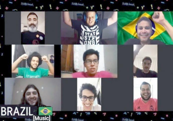 Equipe brasileira durante cerimônia de apresentação da IMO 2020 Foto: IMPA