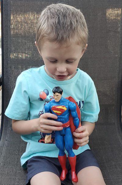Logan com 4 anos - Foto: SWNS