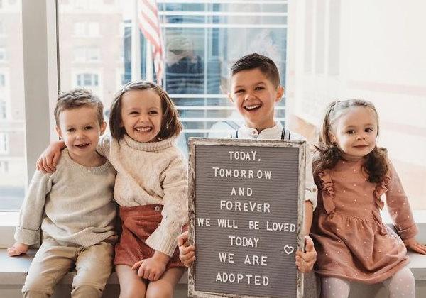 Os adotivos e os quadrigêmeos - Foto: Maxine e Jacob Young