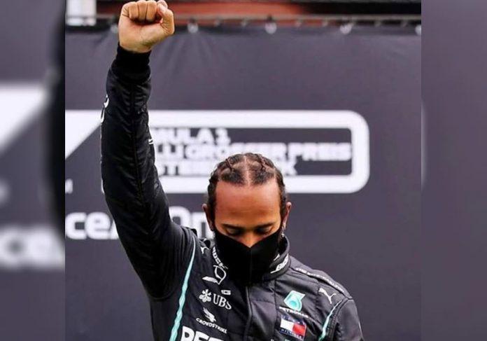 Lewis Hamilton comemora vitória - Foto: reprodução / Instagram