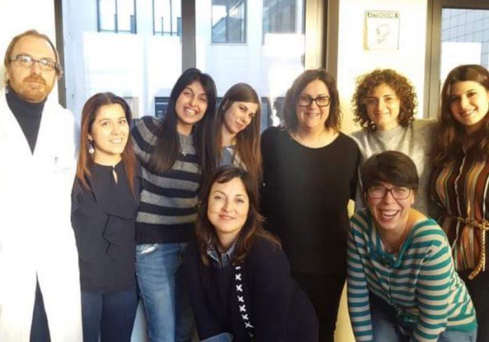 Prof. Cristiano Simone com a equipe de pesquisadores de Genética Médica da instituição. Foto: IRCCS
