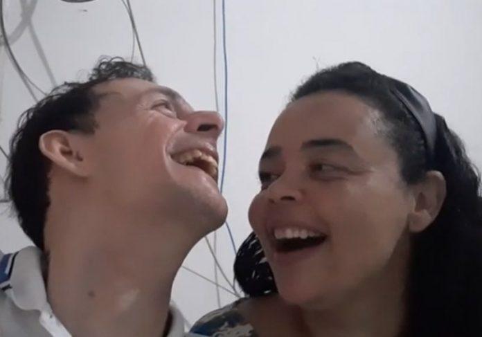 Junoca e Allana brincando - Foto: reprodução / Youtube