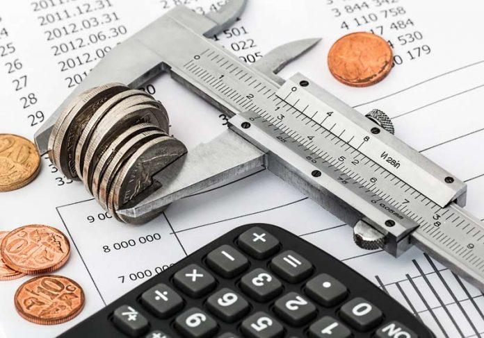 Dívidas - Foto: Pixabay / Steve Buissinne