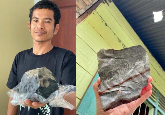 Josua e o meteorito que caiu na casa dele - Fotos: East News Press Agency