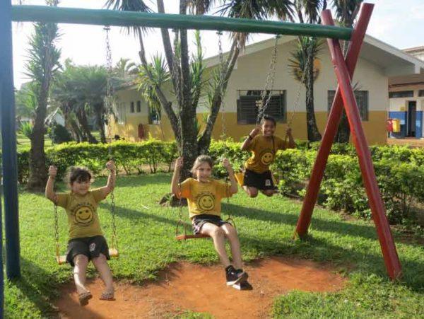Crianças no playground - Foto: AMMA