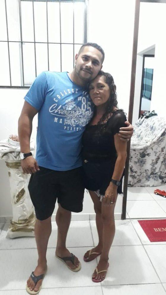 Antonio Carlos e a mãe - Foto: arquivo pessoal