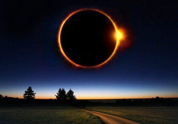 Eclipse total solar - Foto: enriquelopezgarre / Pixabay