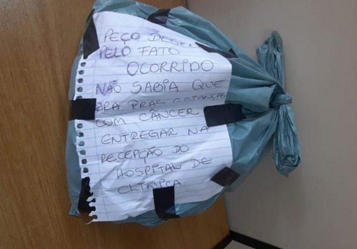 Pacote arremessado pelo ladrão - Foto: Rita Mombelli / divulgação