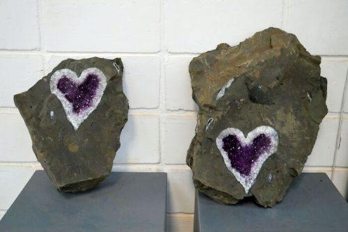 Ametista em forma de coração - Foto: reprodução / Uruguay Minerals