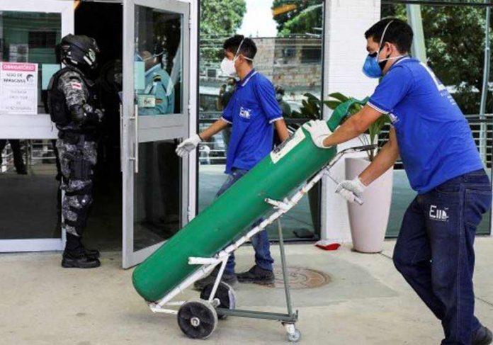 Oxigênio chega a hospital de Manaus - Foto: Bruno Kelly/ Reuters