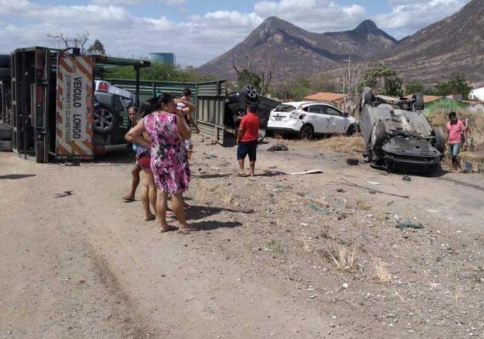 Acidente na BR 222 em Itapajé - Foto: arquivo pessoal