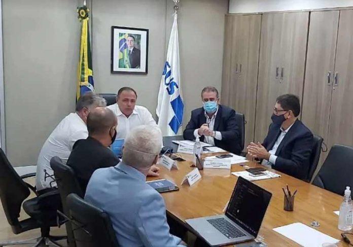 Ministro Pazuello se reuniu com 130 prefeitos - Foto: Divulgação/FNP