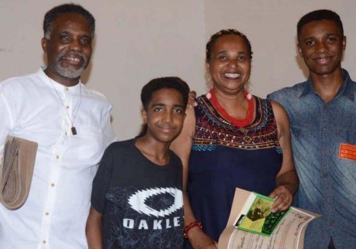 Luã e a família Foto: Arquivo Pessoal