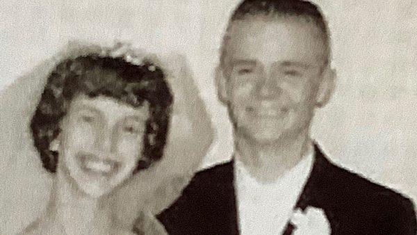 Dennis e Diane Reynolds no 1º casamento - Foto: arquivo pessoal
