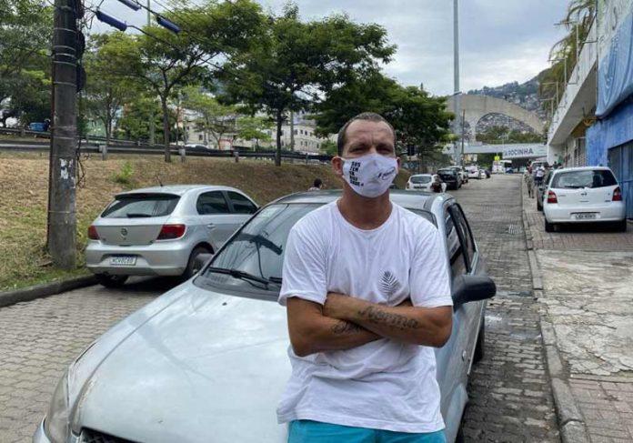 Sandro Carvalho, motorista de app - Foto: : Michel Silva/FalaRoça