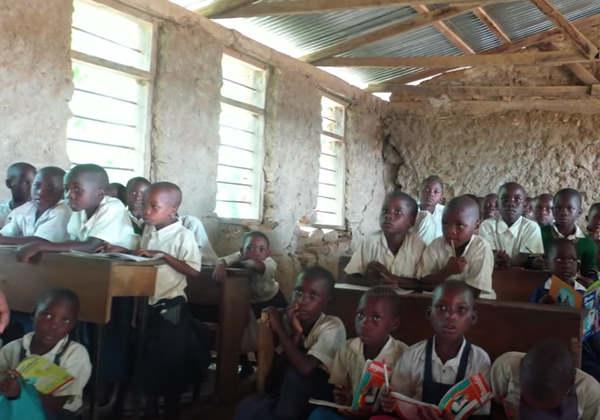 A escola na área rural e humilde de Morogoro