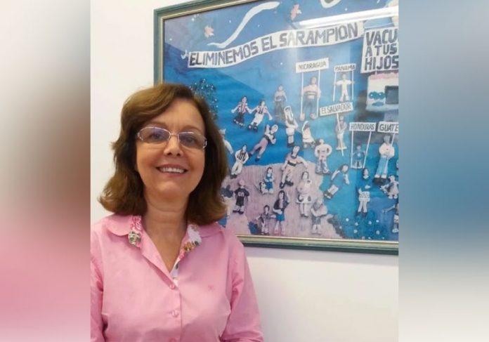 Marilda diz que é preciso uma campanha de vacinação grande para acabar com a pandemia no Brasil. - Foto: Vinicius Ferreira/IOC/Fiocruz