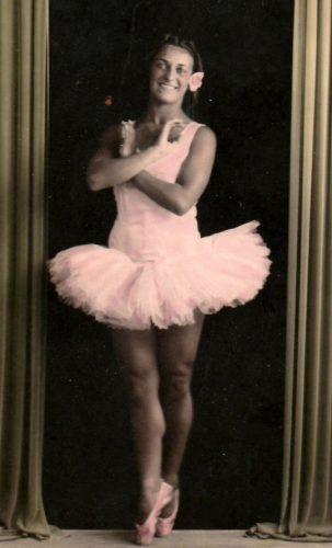 Dinkie gfoi uma das principais dançarinas do Reino Unido. - Foto: Lesley Tomlinson / SWNS