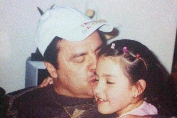 Vica conta que o pai sempre foi muito carinhoso e brincalhão. - Foto: arquivo pessoal