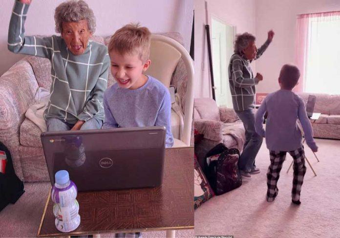 Após dançar com bisneto em aula online, a idosa viralizou e ganhou o coração dos internautas. - Foto: reprodução: Dailymail