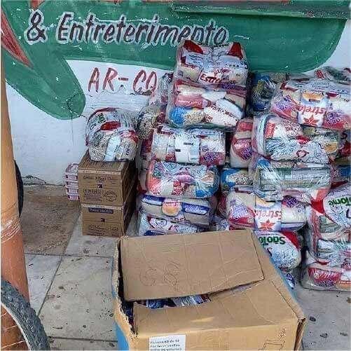O projeto social Onda Solidária arrecadou 100 cestas básicas só neste ano de 2021. - Foto: arquivo pessoal