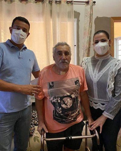 Projeto surgiu a partir da experiência pessoal da dentista e hoje ajuda várias outras pessoas. - Foto: Instagram @raqueltrevisi)