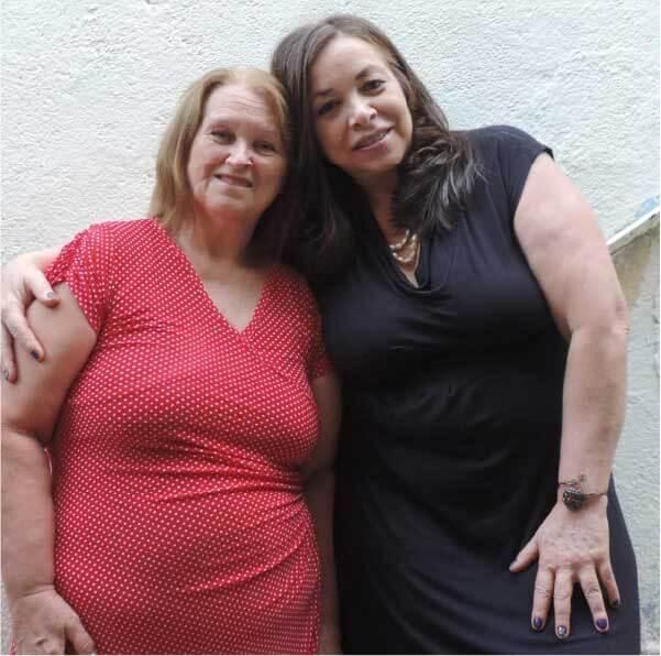 As duas irmãs agora querem encontrar os pais biológicos - Foto: arquivo pessoal