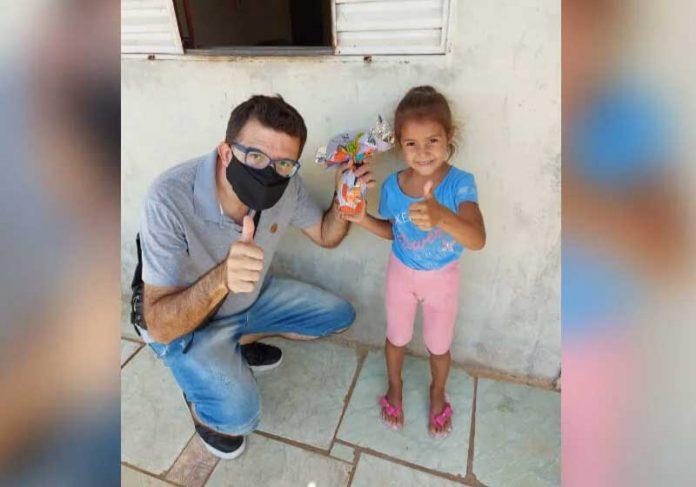 Cacau Show doa ovos de páscoa para levar um pouco mais de acolhimento e carinho na pandemia. - Foto: Centro de Formação São José