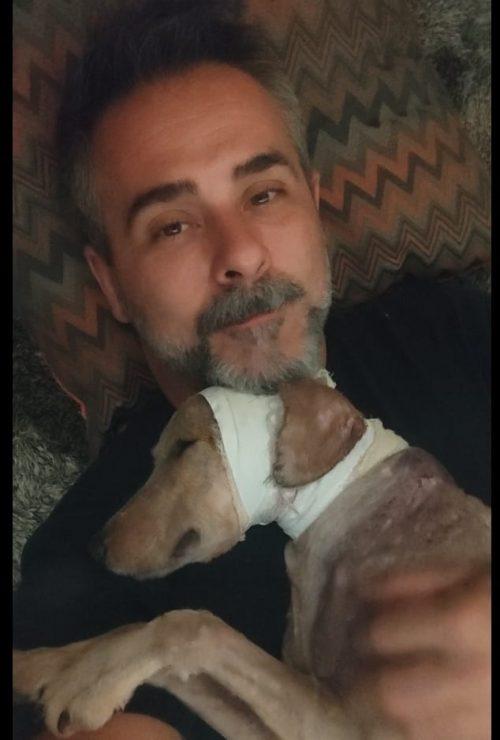 Chef Alexandre com o Spark, quando saiu da clínica - Foto: arquivo pessoal