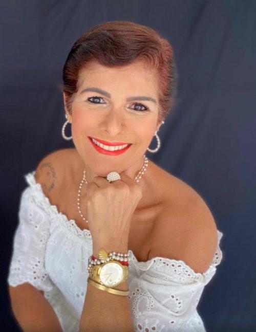 Escritora Rita Queiroz, autora do livro Grimalda - Foto: divulgação