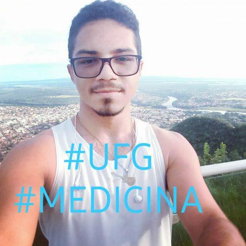 Kayan Soares comemora aprovação em Medicina - Foto: arquivo pessoal