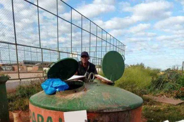 A caçamba onde o bebê foi encontrado - Foto: divulgação / CBMDF