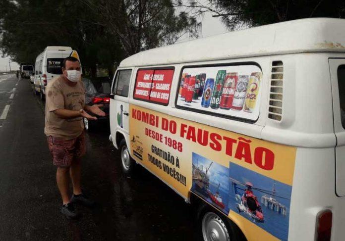 A Kombi nova foi uma ação coletiva de petroleiros do heliporto de São Thomé, no RJ. - Foto: arquivo pessoal