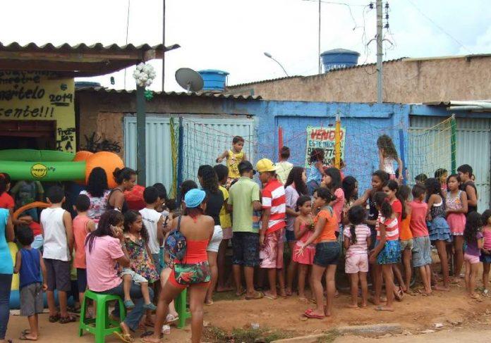 Crianças vão estudar na Casa da Marieta em Ceilândia, DF - Foto: divulgação
