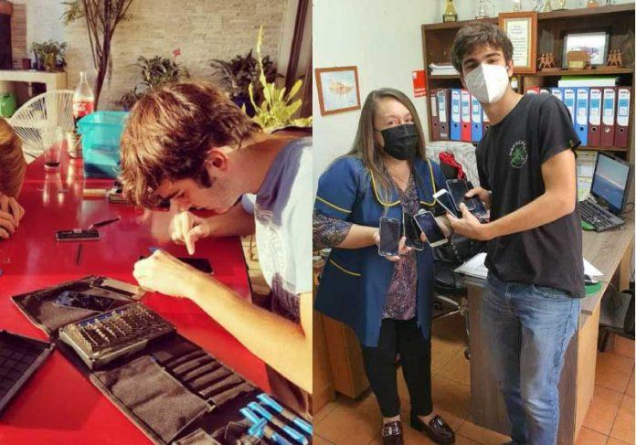 Tibeiro conserta celulares quebrados e entrega em escolas públicas do Chile. - Foto: Instagram @_collectingdust