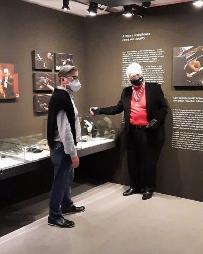 Bira visita a exposição do maestro - Foto: Instagram @ubiratambizarro