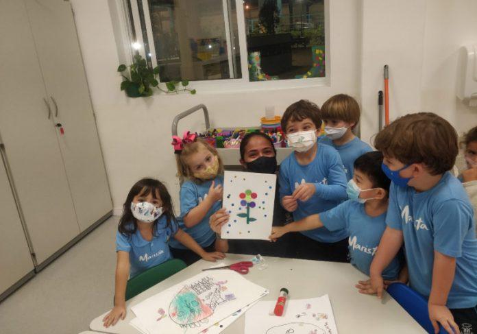 Crianças de 4 anos criaram o Dia da Gentileza - Foto: divulgação