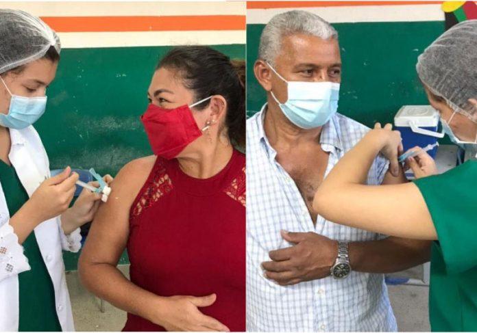 A técnica em enfermagem vacina os pais e se emociona - Foto: reprodução Diário do Nordeste