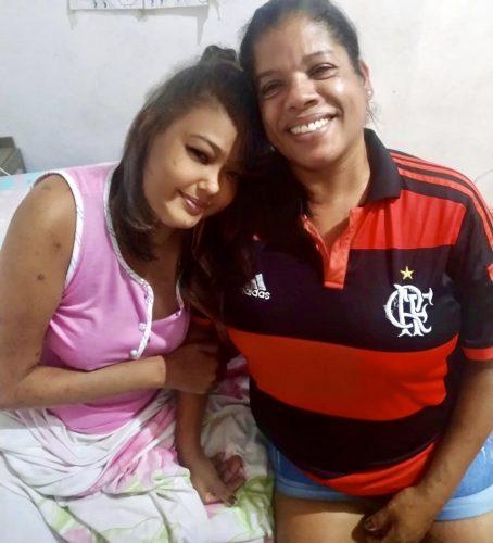 Yamila (de rosa) e Alessandra - Foto: arquivo pessoal