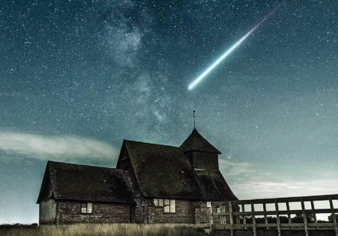 Já começaram as chuvas de estreladas cadentes Perseidas e Aquariids delta sul - Foto: Alexander Andrews / Unsplash