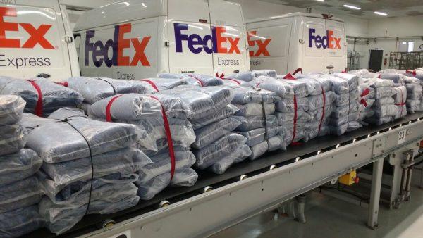 FedEx envia cobertores para ONGs - Foto: divulgação