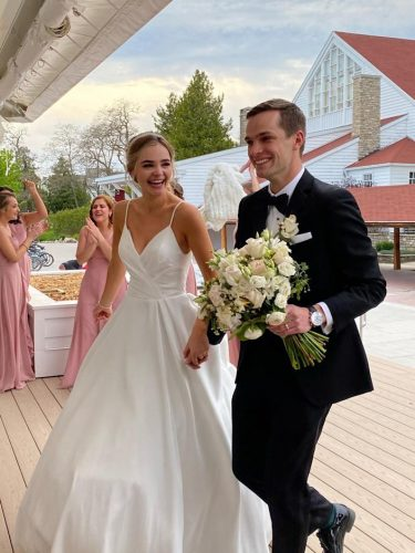 Jake e Elizabeth - Foto: reprodução Facebook