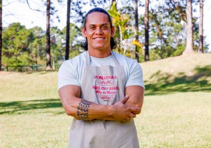 Jonathas Almeida é um dos 18 participantes da 7ª temporada do Bake Off - Foto: divulgação SBT