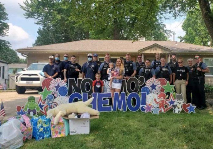 Tripp arrecadou mais de 4 mil brinquedos e doou para o hospital que o tratou - Foto: reprodução