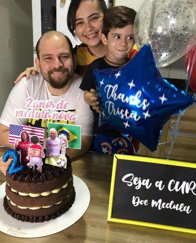 André e a família comemoram o transplante - Foto: arquivo pessoal