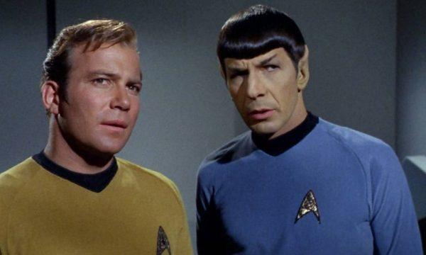 William Shatner (capitão Kirk) e Leonard Nimoy (Dr Spock) na série Jornada nas Estrelas - Foto: Reprodução