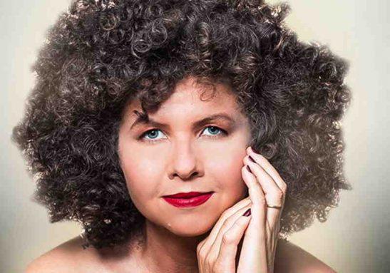 Sempre inspirada, a cantora mineira mostra suas novas canções em novo show Foto: Divulgação