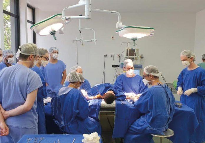 Médicos aguardam aprovação de conselhos de ética para utilizar a pele de tilápia em outras cirurgias corretivas - Foto: divulgação Sobrapar